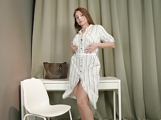 Bad passion of seductive matured housewife Tanya Foxxx