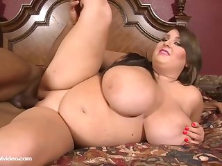 Molly Howard is a fat old bag down big tits, who likes sex down clouded guys