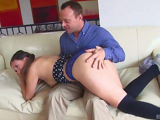 Daddy fucks younger comport oneself daughter increased by cums essentially her prospect