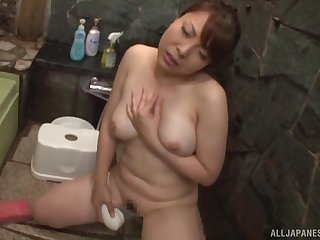 Trimmed pussy Japanese unfocused Mari Yamaguchi moans during a quickie