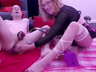 Mike Buzzed Wide of Electro Stim Chastity Cage Give Dildo In Ass