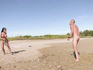Sex on holiday usually caused this busty wife the best orgasms