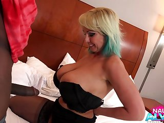 snapchat fan - Unfavourable Alysha takes BBC in homemade interracial