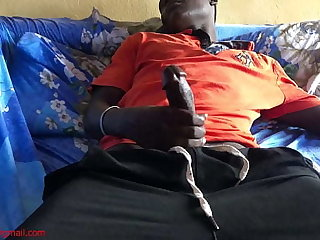 Beggar caught masturbating to shot sex with a married chick