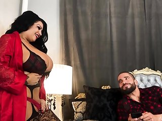 BBW cougar from Canada Samantha Mack goes dissolute on hard and big dick