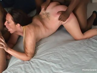 Mature goes wild with twosome black studs in quarters scenes