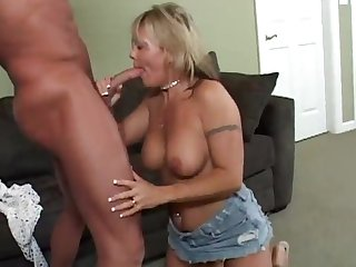 A sensual blwjob by a cougar nearly a sexy piercing