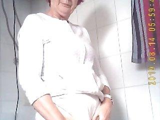 voyeur on men's room