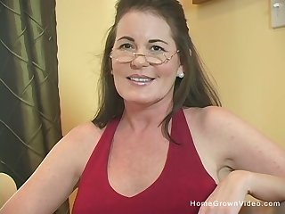 Busty brunette cougar gets chock-a-block by a big cock