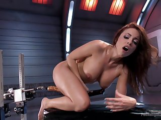 MILF uses the fuck machine apropos suit the brush deep sexual needs