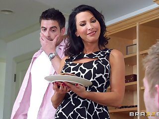 Attractive wife Lezley Zen fucked wits the brush husband and his join up